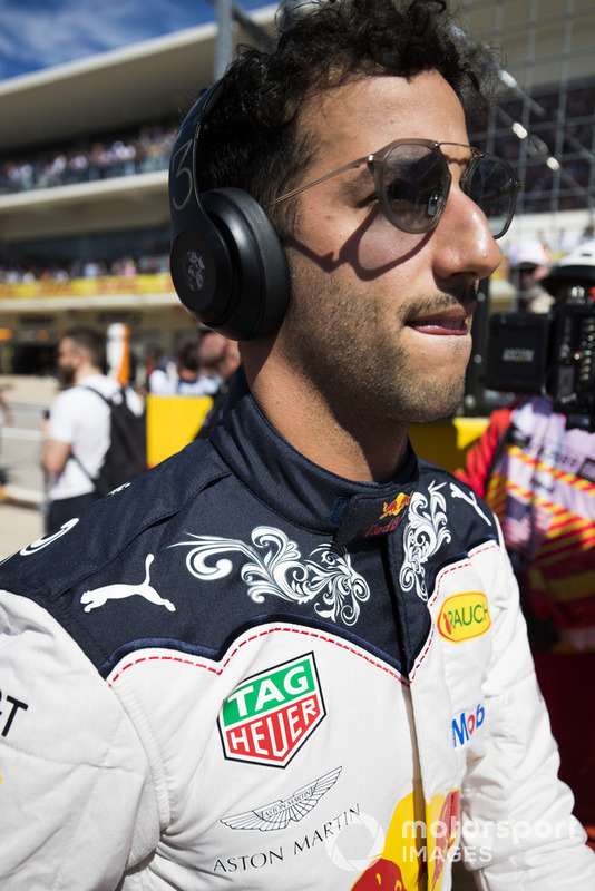 Daniel Ricciardo, Red Bull Racing, en la parilla