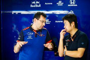 Toro Rosso Engineers