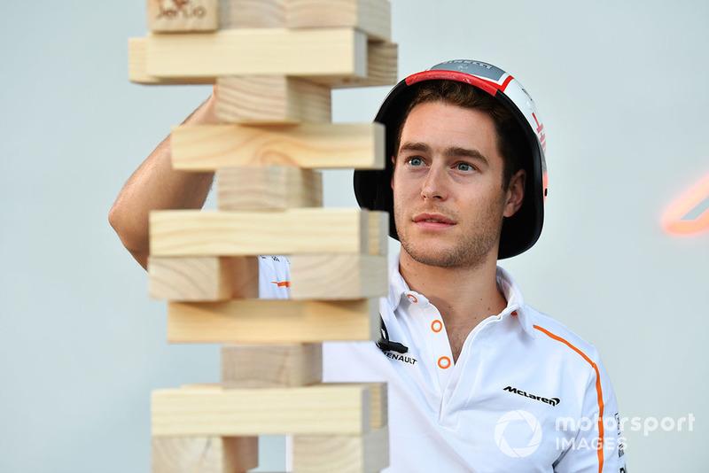 Stoffel Vandoorne, McLaren joue à la Tour Infernale avec Sky Sports F1