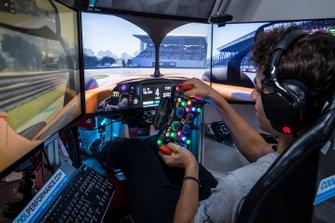 Lando Norris fait un tour d'Interlagos sur son simulateur