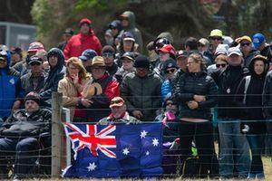 Fans mit Flagge von Australien