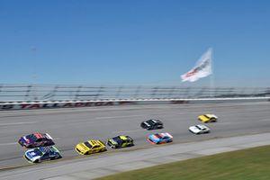 Alex Bowman, Hendrick Motorsports, Chevrolet Camaro Nationwide, Denny Hamlin, Joe Gibbs Racing, Toyota Camry FedEx Ground