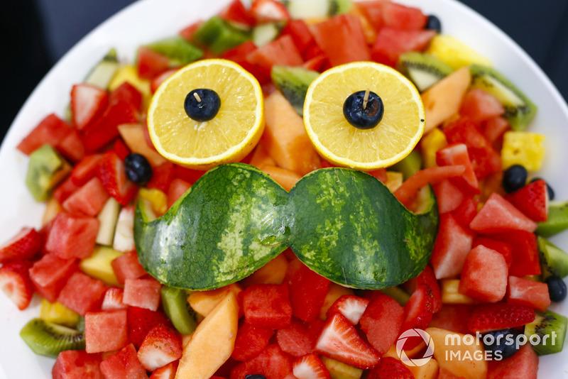 Una cara de frutas