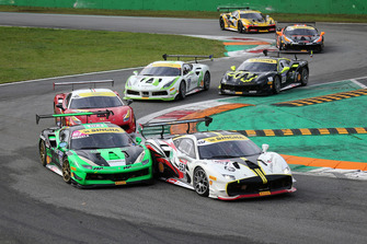 #183 Ferrari 488, Ineco - MP Racing: Manuela Gostner e #557 Ferrari 488, Scuderia Lebanon: Tani Hanna