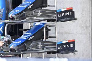 Alpine A521 front wing comparison