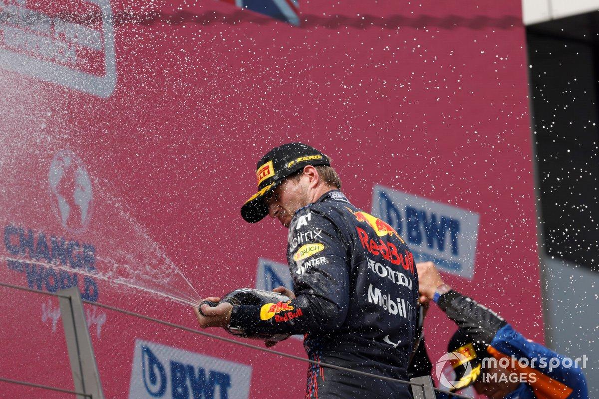 Max Verstappen, Red Bull Racing, 1° classificato