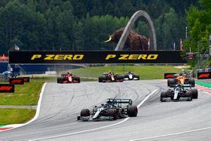 Lance Stroll, Aston Martin AMR21, Sebastian Vettel, Aston Martin AMR21, and Daniel Ricciardo, McLaren MCL35M