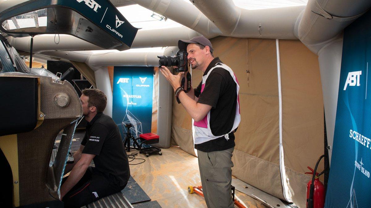 Sam Bloxham, coordinador de Motorsport Images, en el Ocean X-Prix