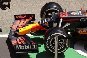 Передняя часть Red Bull Racing RB16B