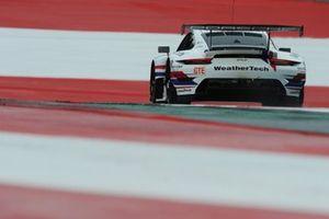 #77 Proton Competition Porsche 911 RSR - 19: Christian Ried, Cooper MacNeil, Matt Campbell