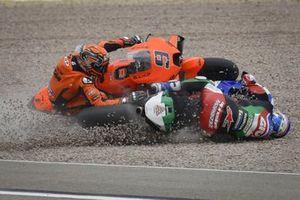 Alex Marquez, Team LCR Honda, Danilo Petrucci, KTM Tech3 crash