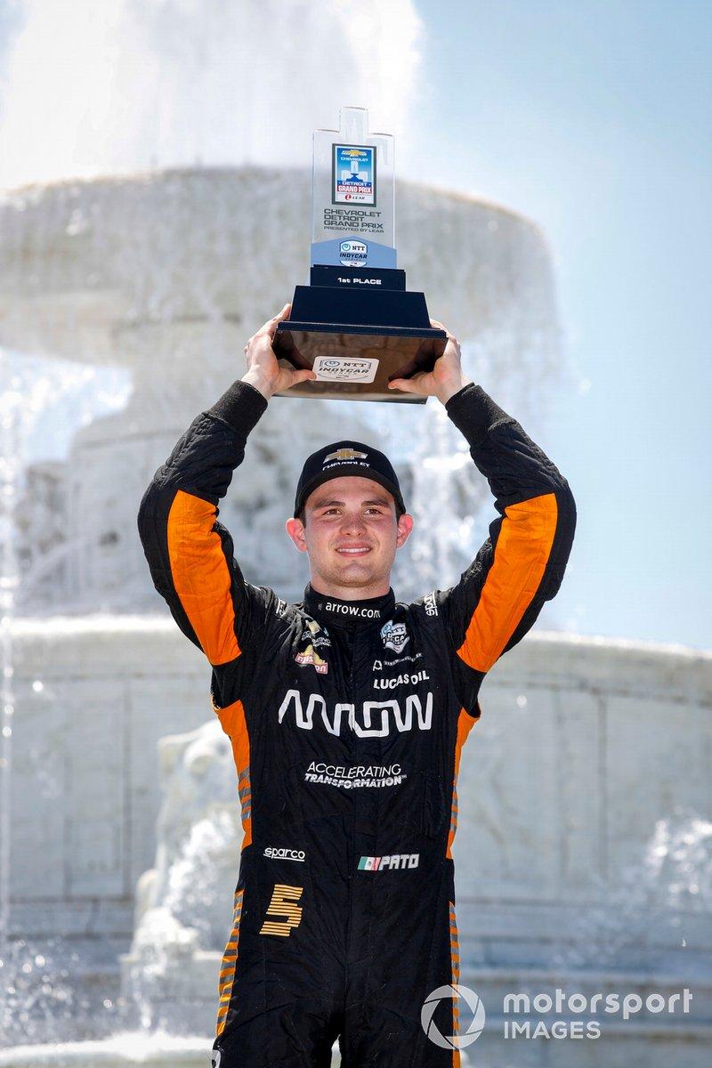 Ganador de la carrera Patricio O'Ward, Arrow McLaren SP Chevrolet