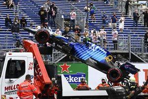 Marshals remove the car of Nicholas Latifi, Williams FW43B, from the circuit