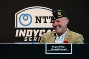 Annonce d'American Legion et de Chip Ganassi: Sergent-major Micheal P. Barrett