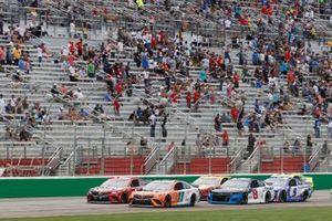 Denny Hamlin, Joe Gibbs Racing, Toyota Camry Offerpad Awesome Different, Tyler Reddick, Richard Childress Racing, Chevrolet Camaro Okuma