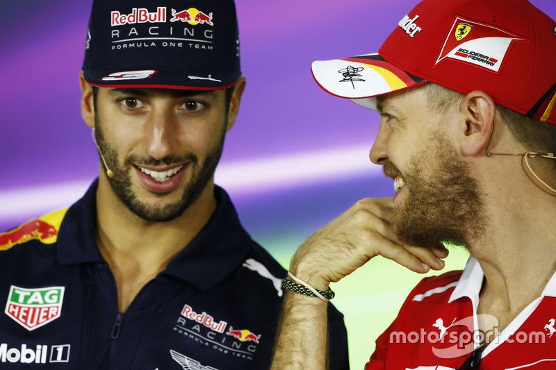 Daniel Ricciardo und Sebastian Vettel