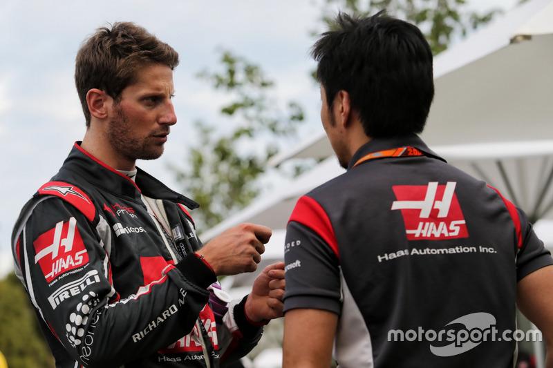 Romain Grosjean, Haas F1 con Ayao Komatsu, Haas F1