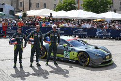 №95 Aston Martin Racing Aston Martin Vantage: Ники Тим, Марко Сёренсен, Ричи Стэнэвей