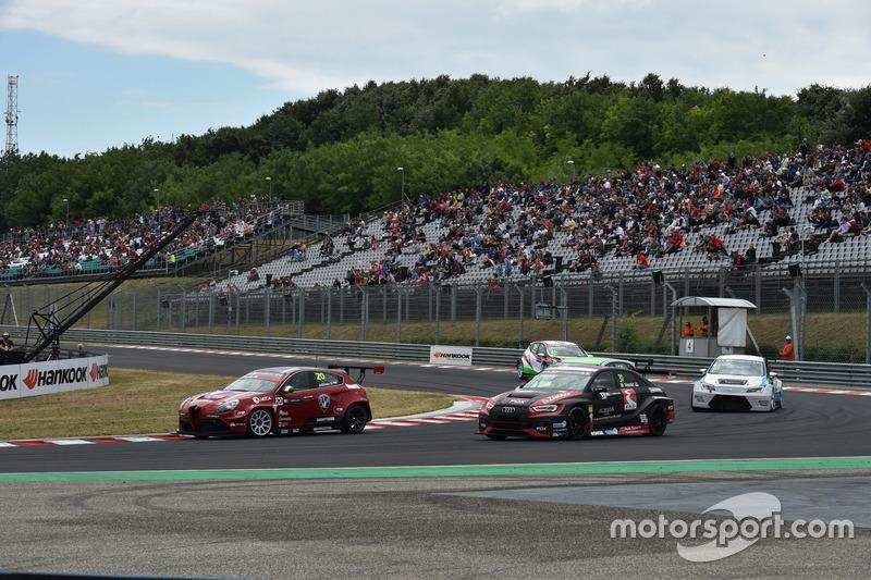Марк Йедлоцки, Unicorse Team, Alfa Romeo Giulietta TCR