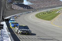 Jimmie Johnson, Hendrick Motorsports Chevrolet, Paul Menard, Richard Childress Racing Chevrolet, Dar
