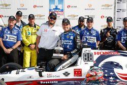 Race winner Graham Rahal, Rahal Letterman Lanigan Racing Honda and team