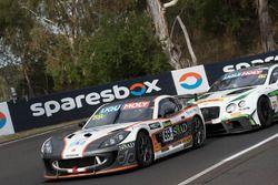 #69 RA Motorsports, Ginetta G55: Zen Low, Shinyo Sano, Jake Parsons