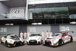 Group photoshoot: #23 Nissan Motorsport, Nissan GT-R Nismo GT3: Katsumasa Chiyo, Alex Buncombe, Mich
