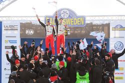 Ralli galibi Jari-Matti Latvala, Miikka Anttila, Toyota Yaris WRC, Toyota Racing
