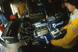 Tyrrell 014
