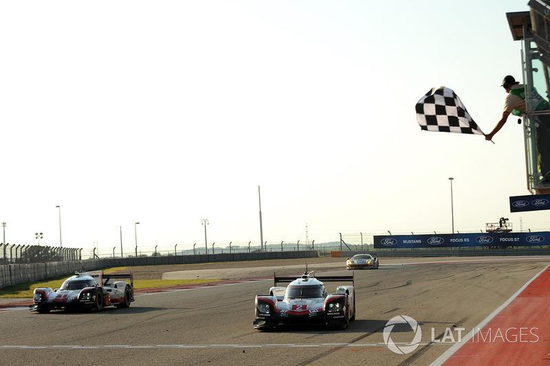 #2 Porsche Team Porsche 919 Hybrid: Timo Bernhard, Earl Bamber, Brendon Hartley conquista la vittoria