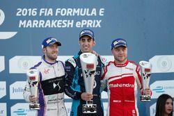 Podium: Ganador, Sébastien Buemi, Renault e.Dams; segundo, Sam Bird, DS Virgin Racing; tercero, Feli