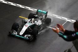 Sieg für Lewis Hamilton, Mercedes AMG F1 W07 Hybrid