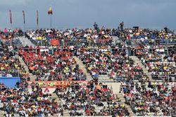 Crowds in Valencia