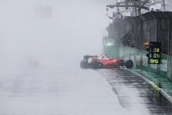 Kimi Raikkonen, Ferrari SF16-H après son accident