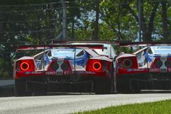 #67 Chip Ganassi Racing Ford GT: Ryan Briscoe, Richard Westbrook, #66 Chip Ganassi Racing Ford GT: D