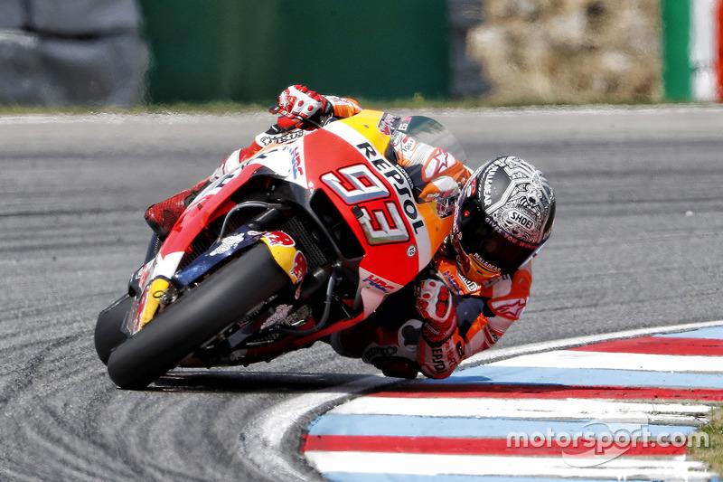 """<img src=""""http://cdn-1.motorsport.com/static/custom/car-thumbs/MOTOGP_2017/RIDERS_NUMBERS/Marquez.png"""" width=""""35"""" /> Marc Márquez (Repsol Honda Team)"""