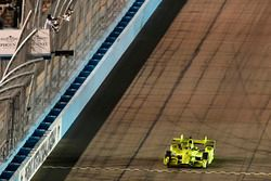 Simon Pagenaud, Team Penske Chevrolet, takes the checkered flag