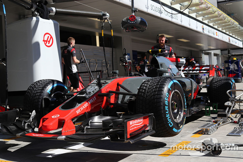 The car of Kevin Magnussen, Haas F1 Team VF-17