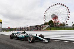 Valtteri Bottas, Mercedes-Benz F1 W08 met schade