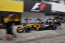 Renault Sport F1 Team pit stop practice