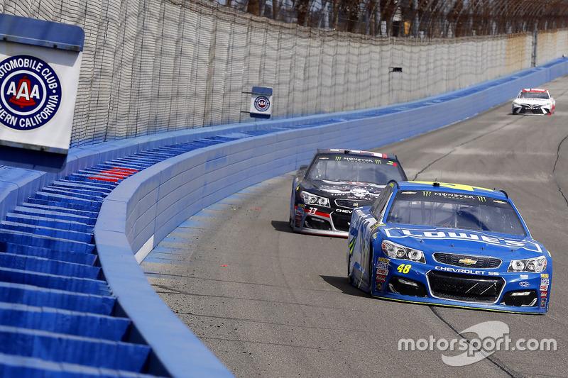 Jimmie Johnson, Hendrick Motorsports, Chevrolet; Jeffrey Earnhardt, Circle Sport - The Motorsports G