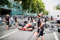 Sergio Sette Camara, MP Motorsport practice pitstops