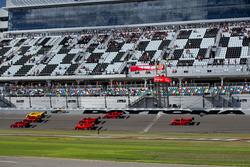 Des Ferrari 333 SP en demo