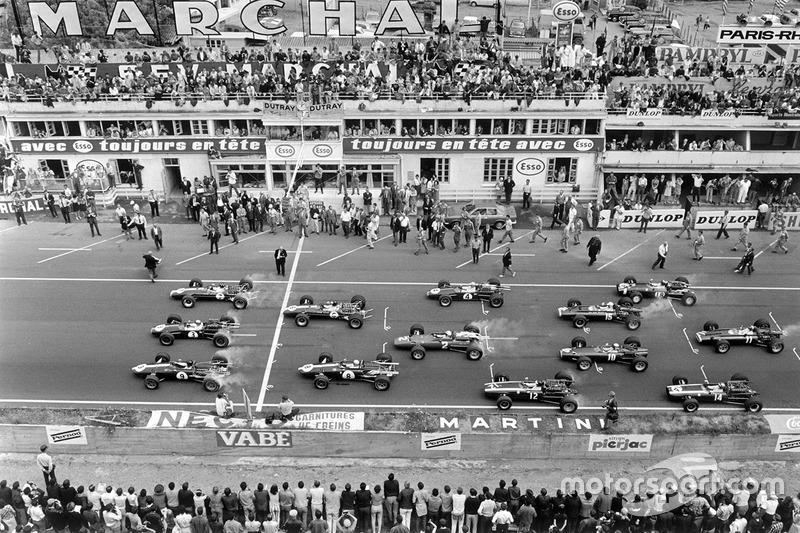 1967: 11 carreras – Campeón: Denny Hulme