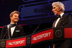 Dünya Şampiyonu Nico Rosberg, Mercedes AMG F1 ve Damon Hill