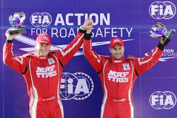 Winners Gaurav Gill and Glenn MacNeall, Skoda Fabia R5, Team MRF