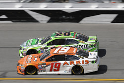Daniel Suarez, Joe Gibbs Racing, Toyota; Matt Kenseth, Joe Gibbs Racing, Toyota