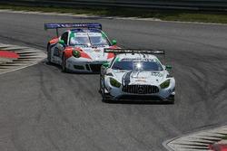 #50 Riley Motorsports Mercedes AMG GT3: Gunnar Jeannette, Cooper MacNeil, #54 CORE autosport Porsche