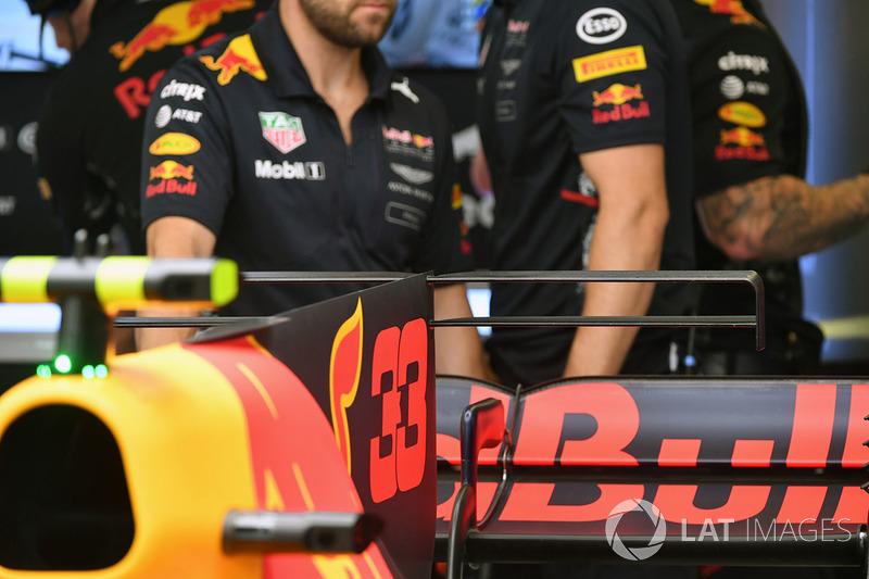 Red Bull Racing RB13 alerón trasero