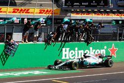 Sieger Lewis Hamilton, Mercedes AMG F1 W08